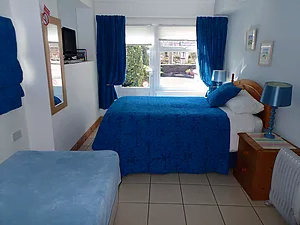 double-or-twin-room
